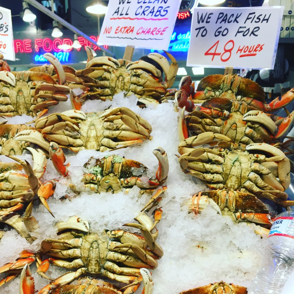 CRABS - SEATTLE CITY GUIDE - PIKE PLACE MARKET