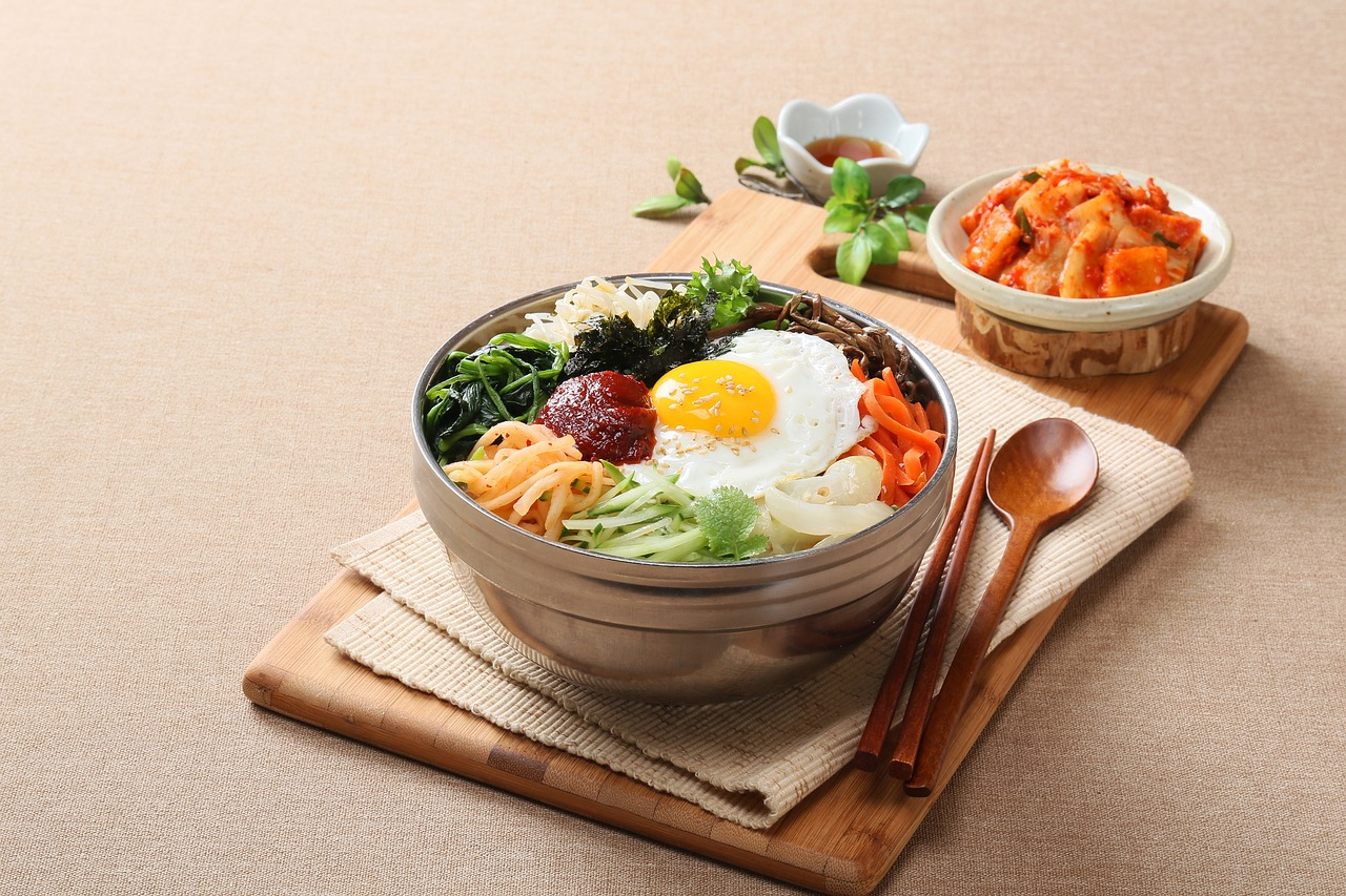 EASY AND SIMPLE KOREAN MEALS