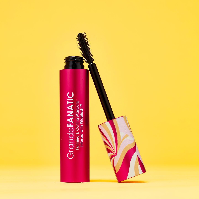 open GrandeFANATIC mascara