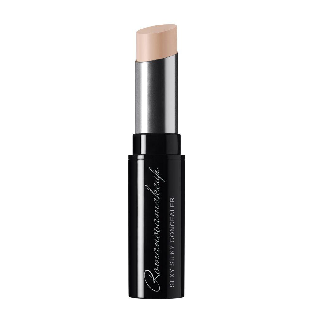 Romanova makeup concealer